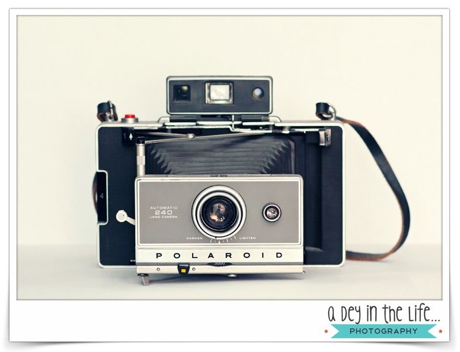Wordless Wednesday – Polaroid Camera